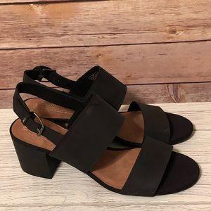 5a38b7cc25b Toms Shoes - NWOB ~ Black Leather Women s Poppy Sandals Sz 8.5